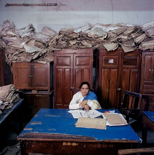 India, bureaucracy, Bihar, 2003. By Jan Banning